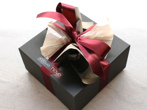 Square Box Arrangement Wrapping Image
